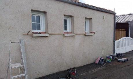 """Habillage de 3 fenêtres """" briques et pierres """""""