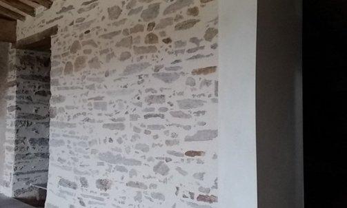 """Enduit à la chaux  """"pierres apparentes """""""